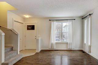 Photo 5: 820 MCKENZIE TOWNE Common SE in Calgary: McKenzie Towne Row/Townhouse for sale : MLS®# C4285485