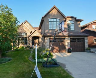 Main Photo: 136 Edelweiss Drive NW in Calgary: Edgemont Detached for sale : MLS®# A1127888