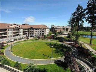 Photo 15: 302 1375 Bear Mountain Pkwy in VICTORIA: La Bear Mountain Condo for sale (Langford)  : MLS®# 583023