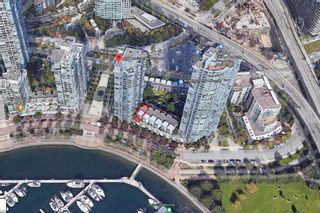 """Photo 36: 3F 1067 MARINASIDE Crescent in Vancouver: Yaletown Townhouse for sale in """"Quaywest"""" (Vancouver West)  : MLS®# R2551534"""