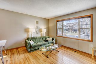 Photo 3: 724 35A Street NW in Calgary: Parkdale Detached for sale : MLS®# A1100563