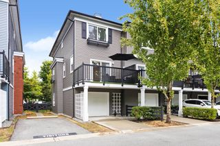 """Photo 3: 10 19572 FRASER Way in Pitt Meadows: South Meadows Townhouse for sale in """"Coho II"""" : MLS®# R2613378"""