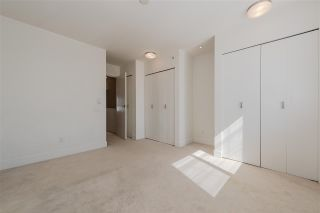 """Photo 4: 32 6868 BURLINGTON Avenue in Burnaby: Metrotown Townhouse for sale in """"Metro"""" (Burnaby South)  : MLS®# R2403325"""