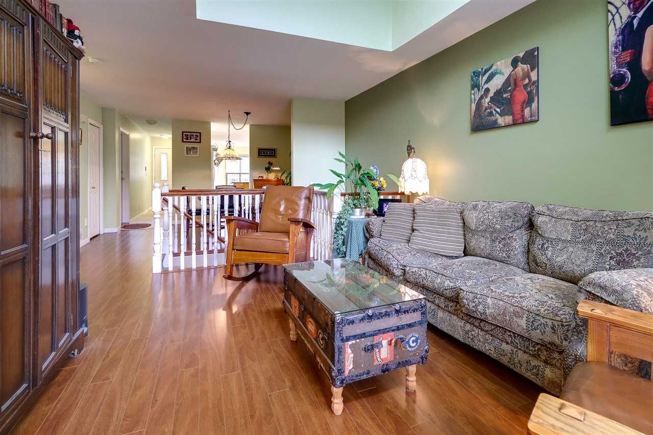 Photo 5: Photos: 30 22740 116 Avenue in Maple Ridge: East Central Townhouse for sale : MLS®# R2220079