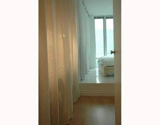 """Photo 7: 989 NELSON Street in Vancouver: Downtown VW Condo for sale in """"THE ELECTRA"""" (Vancouver West)  : MLS®# V639225"""
