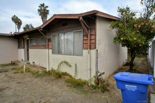 Photo 2: LA MESA House for sale : 3 bedrooms : 6105 Samuel Street