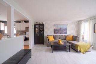 Photo 5: 304 Caledonia Street in Portage la Prairie: House for sale : MLS®# 202116624