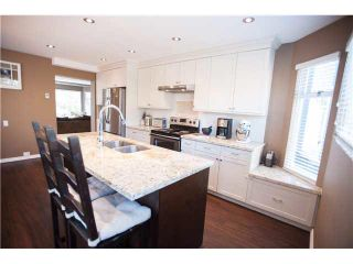"""Photo 1: 6 1195 FALCON Drive in Coquitlam: Eagle Ridge CQ Townhouse for sale in """"THE COURTYARDS"""" : MLS®# V1108276"""