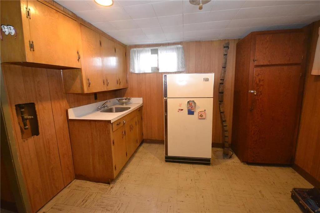 Photo 9: Photos: 245 Dumoulin Street in Winnipeg: St Boniface Residential for sale (2A)  : MLS®# 202000469