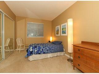 Photo 12: 105 1450 MERKLIN Street in South Surrey White Rock: Home for sale : MLS®# F1400767