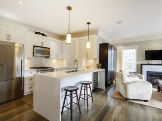 Photo 12: 3209 W 2ND AVENUE in Vancouver: Kitsilano Townhouse for sale (Vancouver West)  : MLS®# R2527751