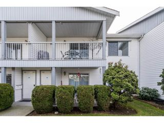 """Photo 3: 152 32691 GARIBALDI Drive in Abbotsford: Abbotsford West Townhouse for sale in """"Carriage Lane"""" : MLS®# R2551184"""