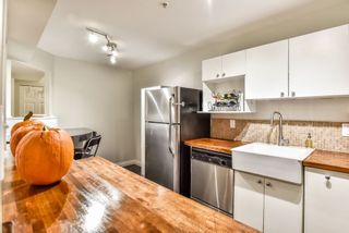 Photo 7: 53 19034 MCMYN ROAD in Pitt Meadows: Mid Meadows Townhouse for sale : MLS®# R2302301