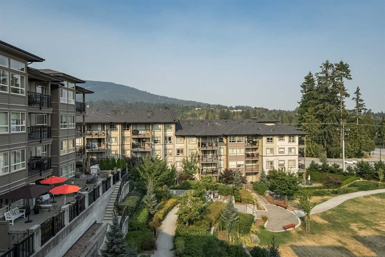 """Main Photo: 409 3156 DAYANEE SPRINGS BL in Coquitlam: Westwood Plateau Condo for sale in """"TAMARACK"""" : MLS®# R2294212"""