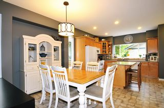 """Photo 6: 24055 102A Avenue in Maple Ridge: Albion House for sale in """"HOMESTEAD"""" : MLS®# R2102598"""