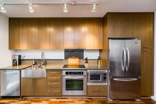"""Photo 6: 705 250 E 6TH Avenue in Vancouver: Mount Pleasant VE Condo for sale in """"THE DISTRICT"""" (Vancouver East)  : MLS®# R2118672"""
