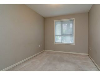 """Photo 10: 101 17730 58A Avenue in Surrey: Cloverdale BC Condo for sale in """"Derby Downs"""" (Cloverdale)  : MLS®# F1450852"""