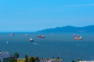 "Photo 1: 3703 1480 HOWE Street in Vancouver: Yaletown Condo for sale in ""Vancouver House"" (Vancouver West)  : MLS®# R2527999"