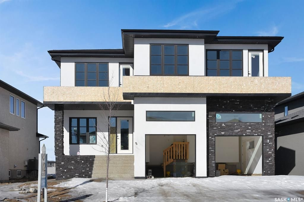 Main Photo: 4428 Sage Drive in Regina: The Creeks Residential for sale : MLS®# SK842002