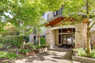 """Photo 3: 214 3082 DAYANEE SPRINGS Boulevard in Coquitlam: Westwood Plateau Condo for sale in """"THE LANTERN"""" : MLS®# R2584143"""