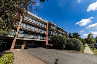 """Photo 15: 314 360 E 2ND Street in North Vancouver: Lower Lonsdale Condo for sale in """"EMERALD MANOR"""" : MLS®# R2616470"""