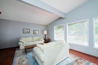 Photo 4: 9619 Oakhill Drive SW in Calgary: Oakridge Detached for sale : MLS®# A1118713