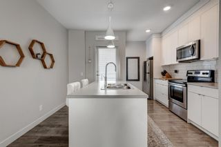 Photo 8: 7038 34 Avenue NW in Calgary: Bowness Row/Townhouse for sale : MLS®# A1096713