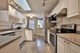 """Photo 8: 21 758 RIVERSIDE DR Drive in Port Coquitlam: Riverwood Townhouse for sale in """"Riverlane Estates"""" : MLS®# R2511219"""