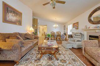 Photo 8: 198 OEMING Road in Edmonton: Zone 14 House Half Duplex for sale : MLS®# E4255355