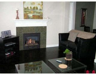 Photo 2: 6763 193B Street in Surrey: Clayton House for sale (Cloverdale)  : MLS®# F2901943