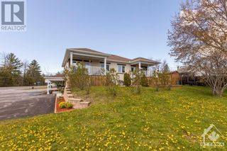 Photo 3: 700 OLD HIGHWAY 17 HIGHWAY in Plantagenet: Multi-family for sale : MLS®# 1258104