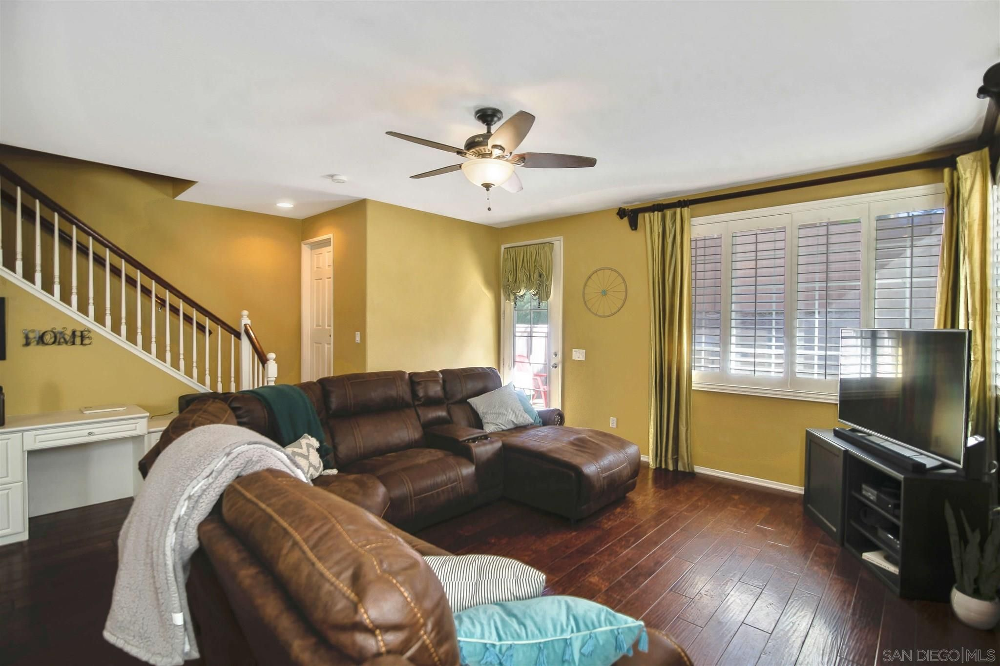 Main Photo: CHULA VISTA Condo for sale : 3 bedrooms : 1850 Toulouse Dr