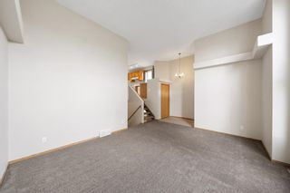 Photo 5: 33 Country Hills Drive NW in Calgary: Country Hills Detached for sale : MLS®# A1140748