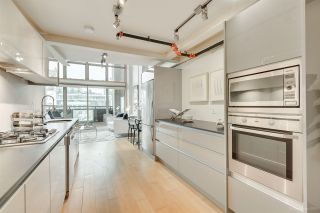 """Photo 14: 413 1529 W 6TH Avenue in Vancouver: False Creek Condo for sale in """"WSIX - South Granville Lofts"""" (Vancouver West)  : MLS®# R2435033"""