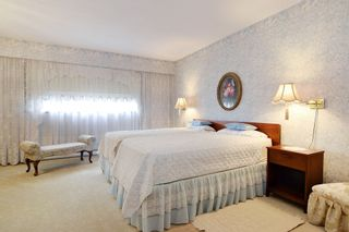 Photo 12: 2272 BEVAN Crescent in Abbotsford: Abbotsford West House for sale : MLS®# R2404030