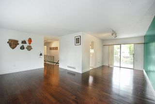 Photo 3: 3952 Hamilton Street in Port Coquitlam: Lincoln Park PQ House for sale : MLS®# R2007904