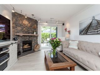 """Photo 3: 513 34909 OLD YALE Road in Abbotsford: Abbotsford East Condo for sale in """"The Gardens"""" : MLS®# R2486024"""