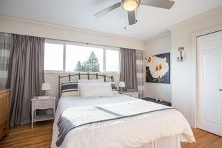Photo 11: 859 E 15TH Street in North Vancouver: Boulevard House for sale : MLS®# R2335791