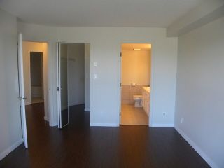 Photo 4: 213 15150 108 ST in Surrey: Guildford Condo for sale (North Surrey)  : MLS®# F1445407