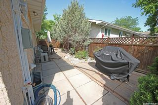Photo 32: 212 Tremaine Avenue in Regina: Walsh Acres Residential for sale : MLS®# SK858698