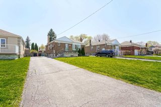 Photo 3: Main 5 Orlando Boulevard in Toronto: Wexford-Maryvale House (Bungalow-Raised) for lease (Toronto E04)  : MLS®# E5206702