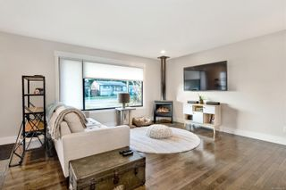 Photo 3: 3726 Victoria Ave in : Na Uplands House for sale (Nanaimo)  : MLS®# 862938