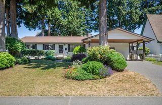Photo 1: 1546 129 STREET in South Surrey White Rock: Crescent Bch Ocean Pk. Home for sale ()  : MLS®# R2196003