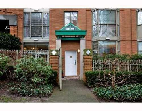 Main Photo: 1490 HORNBY Street in Vancouver West: Home for sale : MLS®# V803506