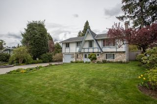 Photo 2: 2377 LATIMER Avenue in Coquitlam: Central Coquitlam House for sale : MLS®# R2573404