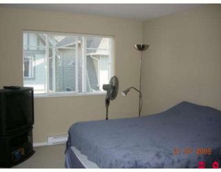 """Photo 5: 71 15175 62A Avenue in Surrey: Sullivan Station Townhouse for sale in """"Brooklands"""" : MLS®# F2825795"""