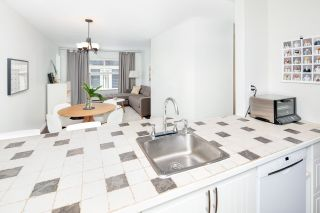 Photo 8: 206 507 E 6TH Avenue in Vancouver: Mount Pleasant VE Condo for sale (Vancouver East)  : MLS®# R2389782