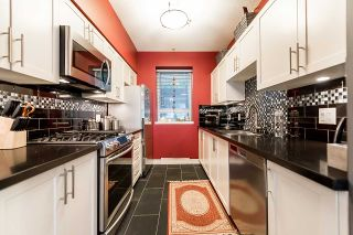 """Photo 8: 3262 E 54TH Avenue in Vancouver: Champlain Heights Townhouse for sale in """"BRITTANY AT CHAMPLAIN"""" (Vancouver East)  : MLS®# R2408336"""