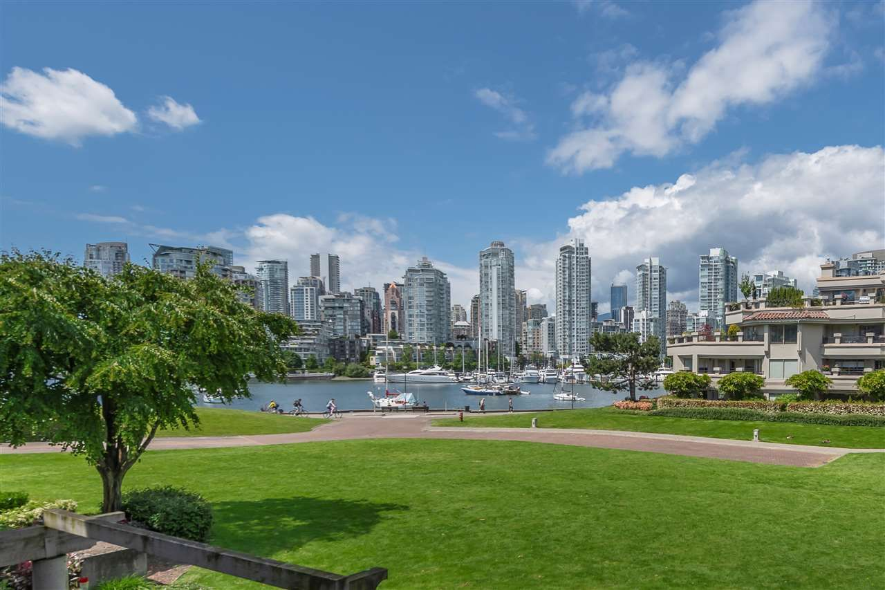 "Main Photo: 213 1869 SPYGLASS Place in Vancouver: False Creek Condo for sale in ""VENICE COURT"" (Vancouver West)  : MLS®# R2461533"