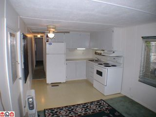 """Photo 2: 5 24330 FRASER Highway in Langley: Otter District Manufactured Home for sale in """"LANGLEY GROVE ESTATES"""" : MLS®# F1015305"""